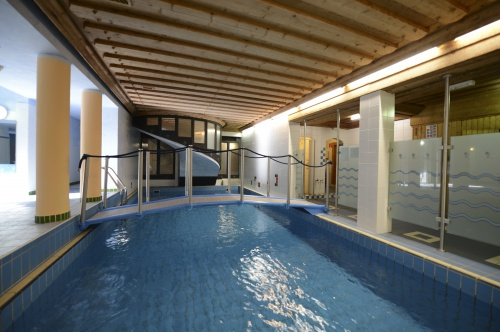 Swimming pool - Hotel Heiligenblut