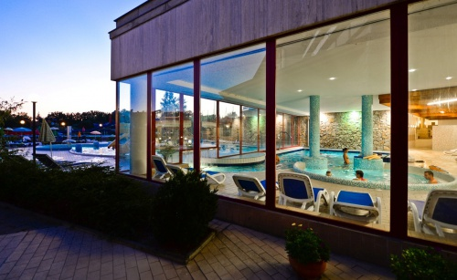 Evening swimming in the adventure pool - Hunguest Hotel Pelion - Tapolca