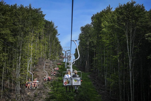 Chairlifts - Hunguest Hotel Palota